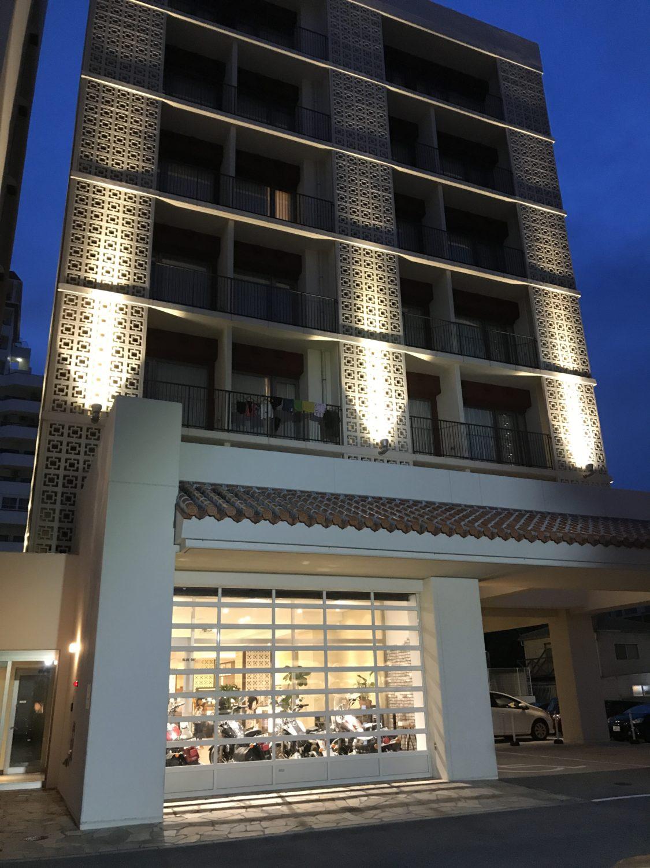 こちらはメインタワー。那覇セントラルホテルでは、バイクのハーレーレンタルも行っているそうです。